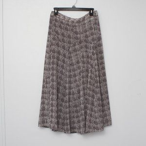 CAbi black and white flowy patterned skirt